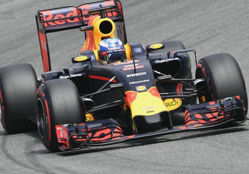 Red Bull driver Daniel Ricciardo of Australia steers his car during the Formula One qualifying in Hockenheim, Germany, Saturday, July 30, 2016. The German Formula One Grand Prix takes place in Hockenheim on Sunday, July 31, 2016. (AP Photo/Jens Meyer)