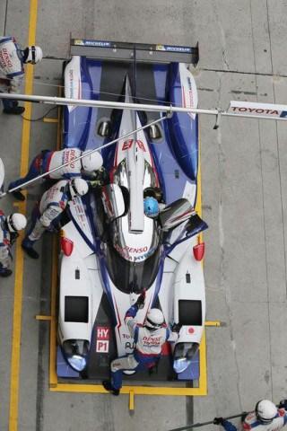 2014_Shanghai_Saturday_Qualifying_2__mid