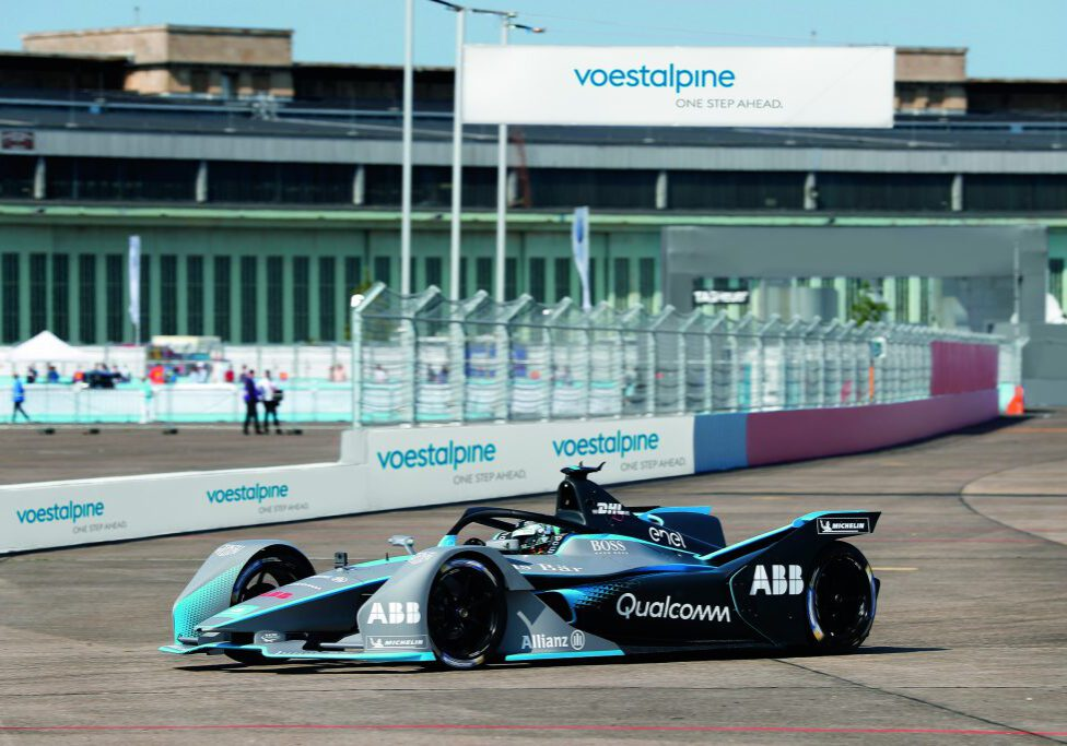 Formula_E_Racing_car__c_voestalpine
